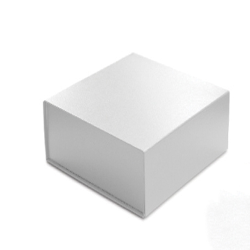 6 x 6 x 2-3/4 WHITE LEATHER MAGNETIC GIFT BOX