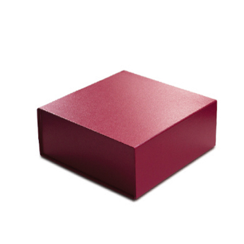 8 x 8 x 3 RED LEATHER MAGNETIC GIFT BOX