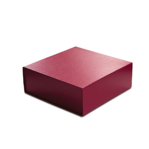 10 x 10 x 4 RED LEATHER MAGNETIC GIFT BOX