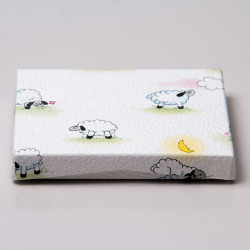 4-5/8 x 3-3/8 x 5/8 BABY LAMBS GIFT CARD BOX WITH POP-UP INSERT