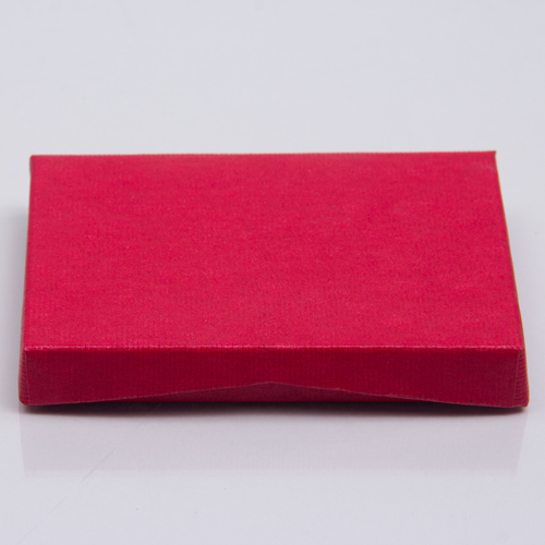 4-5/8 x 3-3/8 x 5/8 RED RIB GIFT CARD BOX WITH PLASTIC INSERT