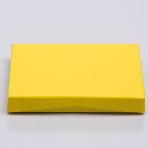 4-5/8 x 3-3/8 x 5/8 YELLOW ICE GIFT CARD BOX WITH PLASTIC INSERT