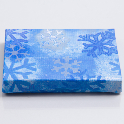 4-5/8 x 3-3/8 x 5/8 BLUE SNOWFLAKE GIFT CARD BOX WITH PLASTIC INSERT