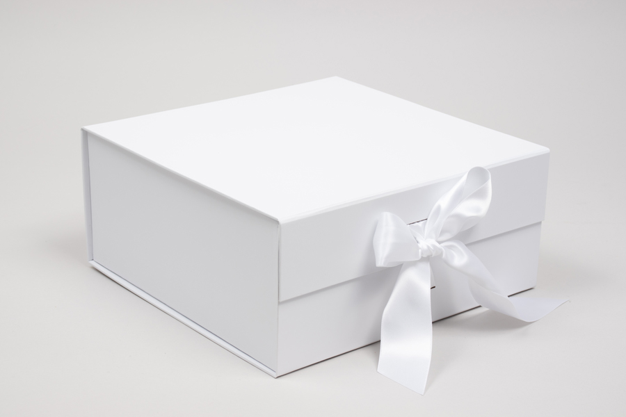 10 x 10 x 4-1/2 MATTE WHITE MAGNETIC LID GIFT BOXES WITH RIBBON