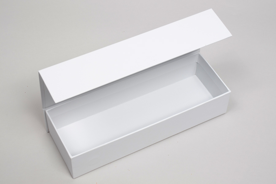 "8"" x 2-3/4"" x 1-5/8"" MATTE WHITE RIGID MAGNETIC LID GIFT BOXES"
