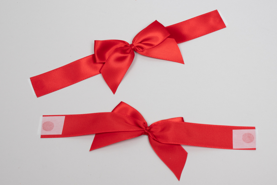 "3"" x 2"" PRE-TIED BOW – SELF-ADHESIVE 7/8"" RED RIBBON FOR 6"" x 6"" MAGNETIC BOX"